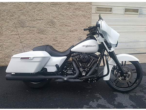 Custom, White and Black, Harley-Davidson Motorcycle Build